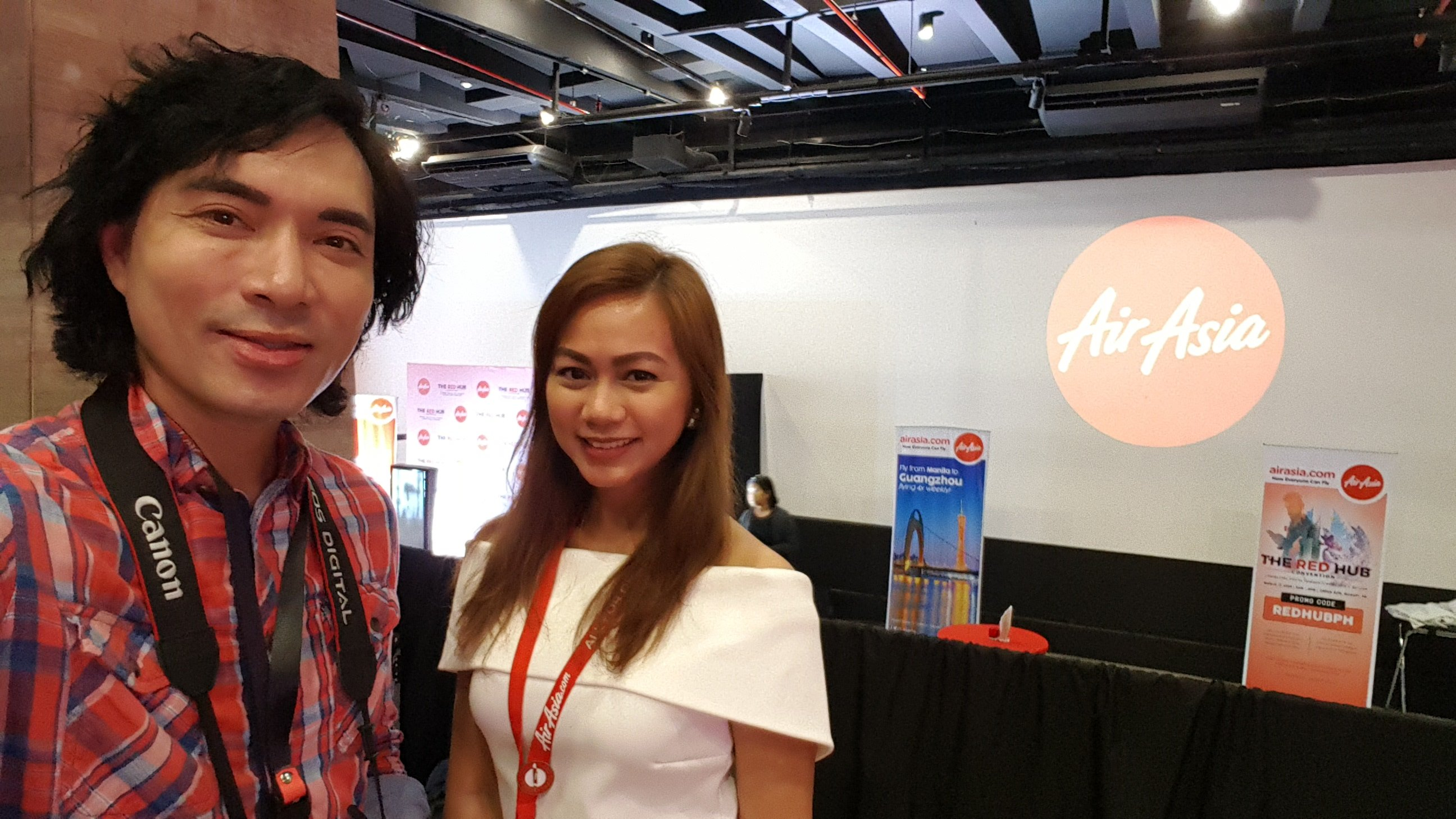 Me with Aileen Dreyfuss, Air Asia Philippines' Communications Executive at the Red Hub Convention